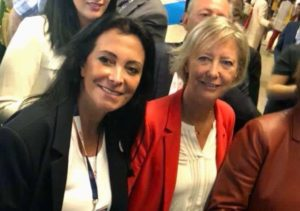 Rencontre de Sophie Cluzel secrétaire d'État aux Personnes Handicapées et Katia Dayan au salon handicap - Les Papillons de JourLes Papillons de Jour