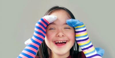 Porter des chaussettes dépareillées